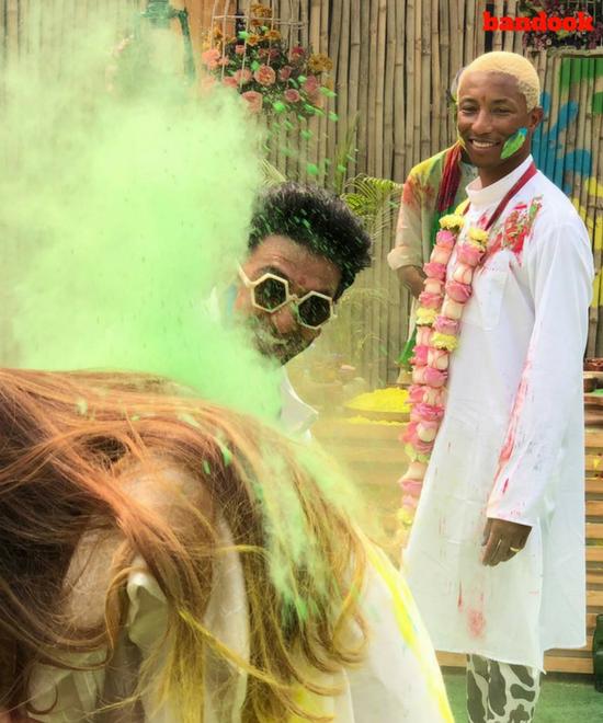 Happy & Befikre: Just the kind of Holi we like! - Bandook