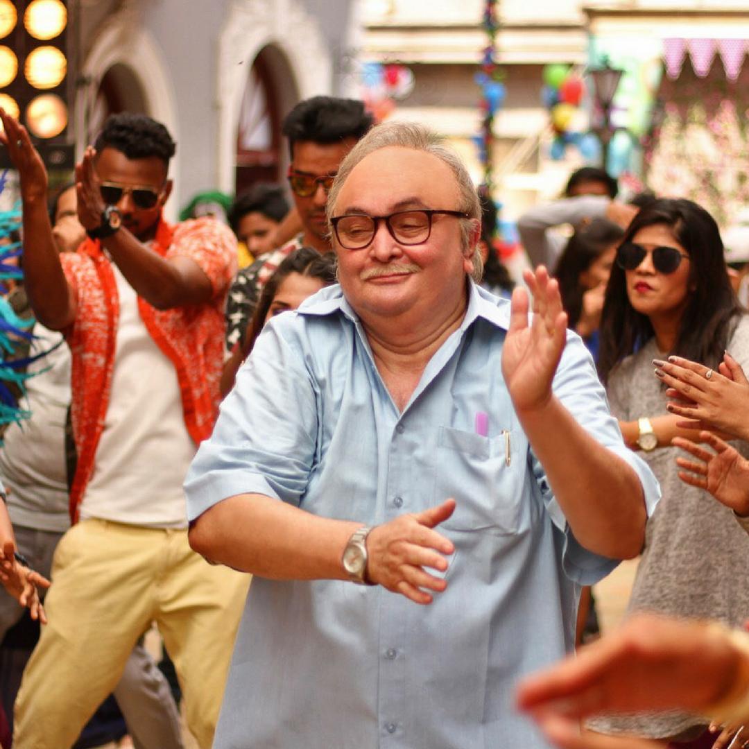 Rishi Kapoor makes singing debut at 65! - Bandook
