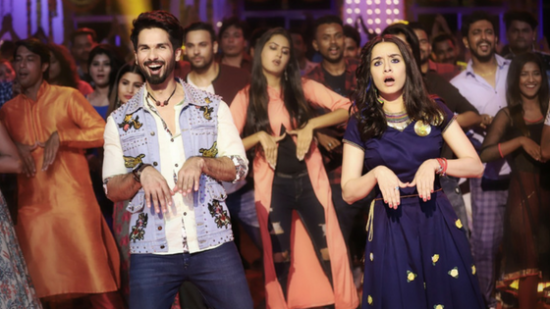 MUSIC VIDEO REVIEW: Batti Gul Meter Chalu's 'Hard Hard' overdoes the electricity gimmick