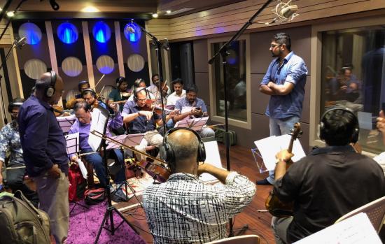 'Tere Liye' was originally born an English song, shares Namaste England composer Mannan Shaah