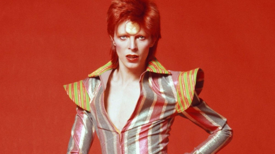 David Bowie's Starman 'demo tape' up for auciton