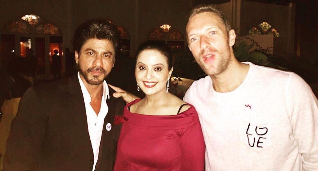 Coldplay's Chris Martin gave Shah Rukh Khan a shout-out!