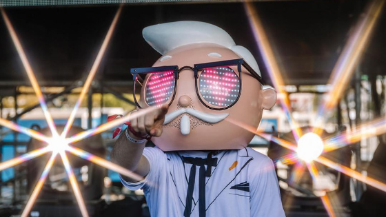 KFC mascot Colonel Sanders performs at Ultra Music Festival mainstage!