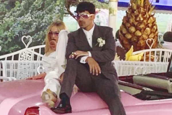 EVERYTHING you need to know about the surprise Joe Jonas-Sophie Turner wedding