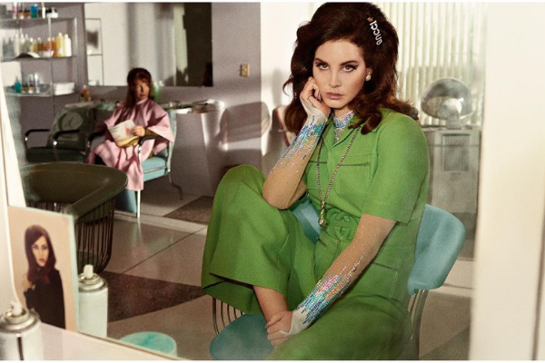 Doin' just fine listening to Lana Del Rey's new cover