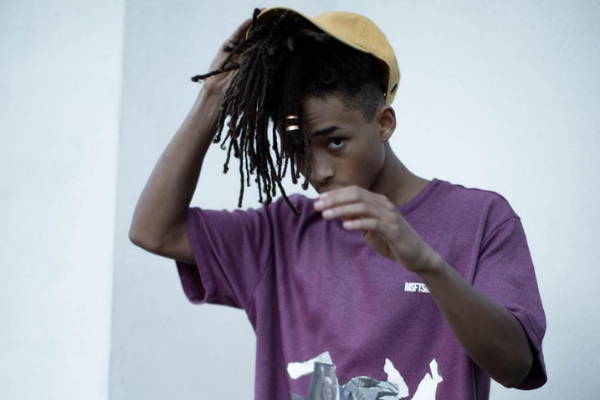 Jaden Smith opens a Food Truck for Homeless in L.A.