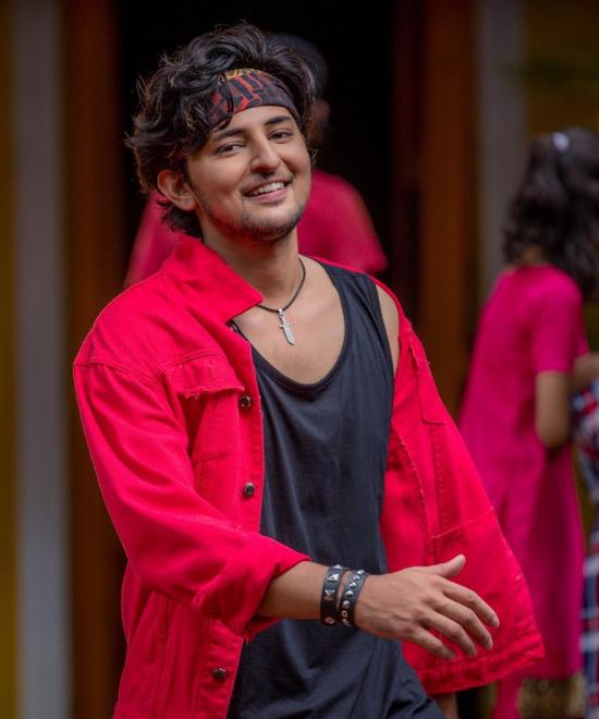 Darshan Raval CAN dance, saala!