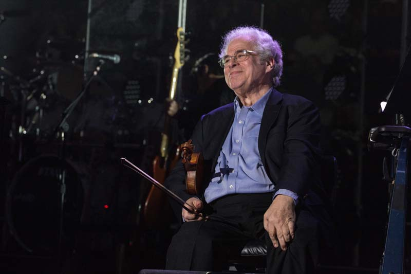 Itzhak Perlman on stage at Billy Joel concert Madison Square Garden March 9, 2015