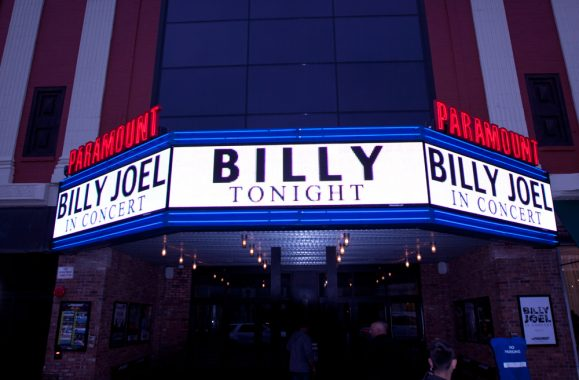 Billy Joel In Concert At The Paramount – Reviews From Newsday, Rolling Stone