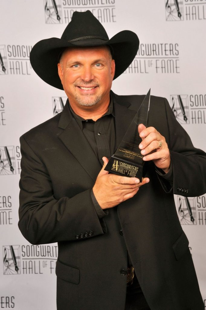 Songwriters Hall Of Fame 2011 (Photo 13)