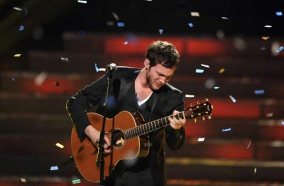 Phillip Phillips Wins 'American Idol' Season 11. Congratulations!