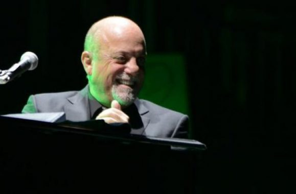 Billy Joel Treats Fans To An Energized Night Of Hits – View Concert Reviews, Photos & Set List