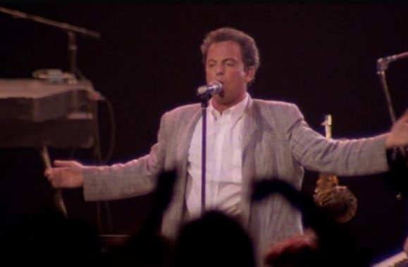 Video Premiere: Billy Joel 'It's Still Rock And Roll To Me' (Russia 1987) – Ultimate Classic Rock