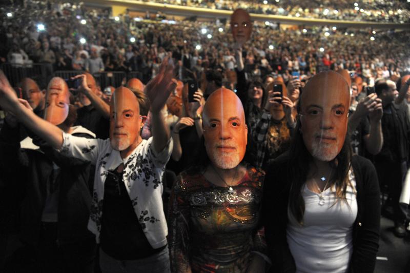 Billy Joel At Madison Square Garden – May 9, 2014 (Photo 4)