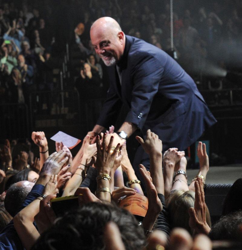 Billy Joel At Madison Square Garden – May 9, 2014 (Photo 22)