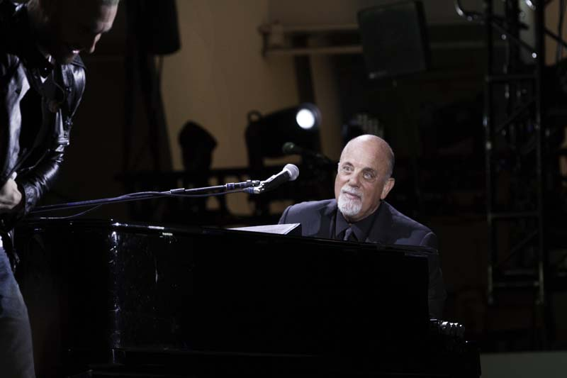 Billy Joel At Hollywood Bowl – May 17, 2014 (Photo 35)
