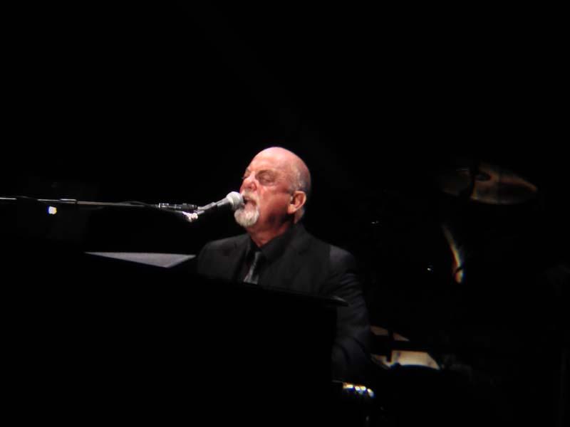 Billy Joel At MGM Grand Las Vegas – June 7, 2014 (Photo 6)