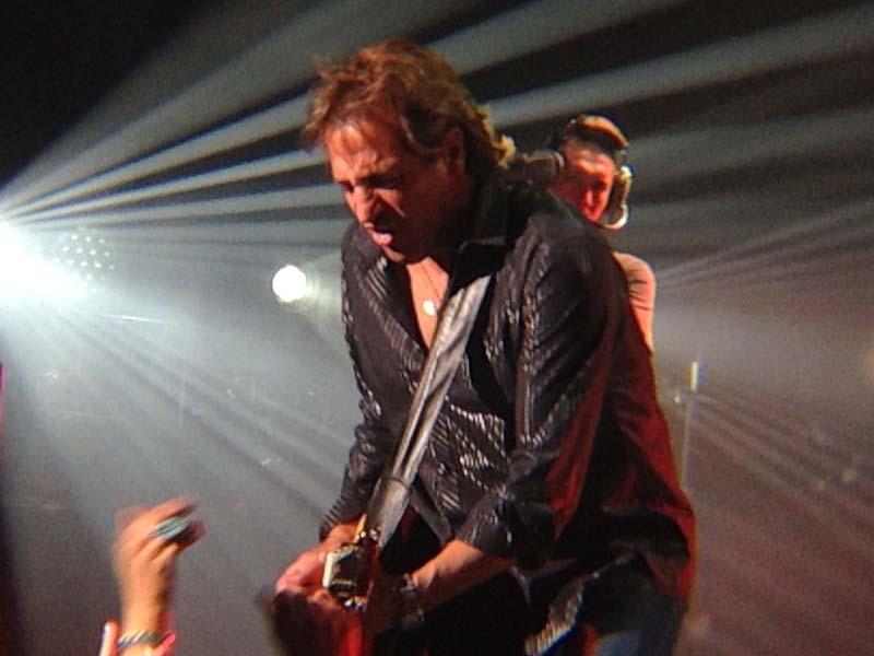 Billy Joel At MGM Grand Las Vegas – June 7, 2014 (Photo 7)