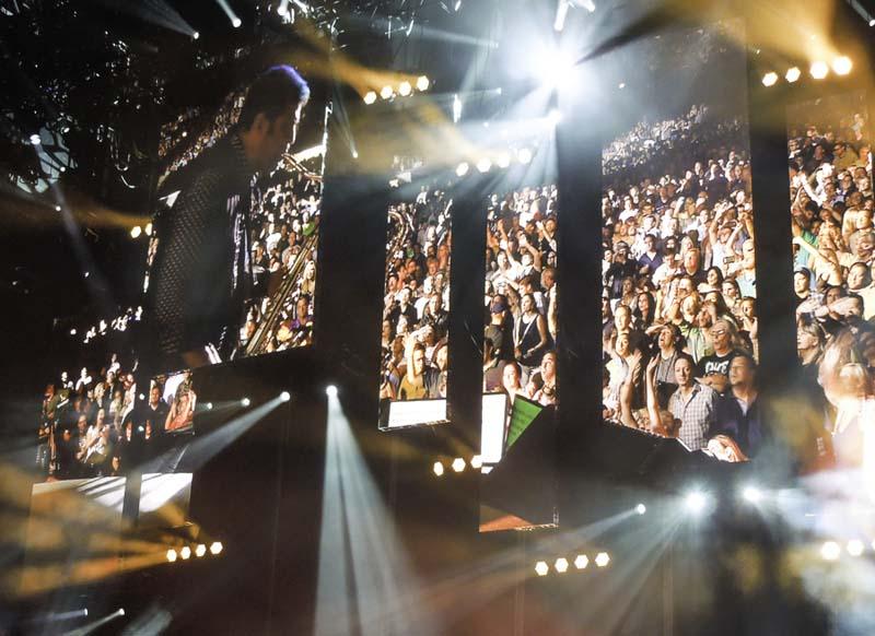Billy Joel At Wrigley Field – July 18, 2014 (Photo 29)