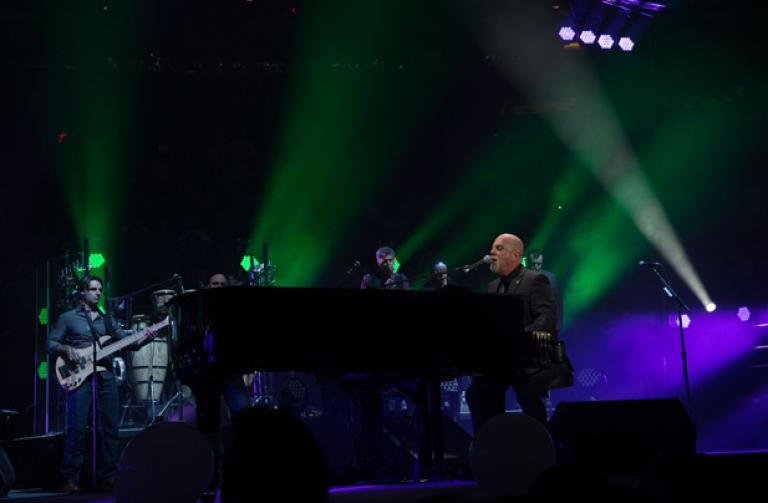 Billy joel at madison square garden february 18 exclusive video photos set list concert for Billy joel madison square garden march 3