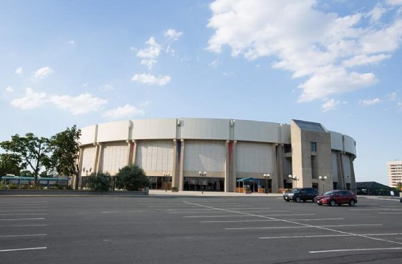 Billy Joel Performs Closing Show At Nassau Coliseum – Exclusive Photos, Set List & Concert Reviews