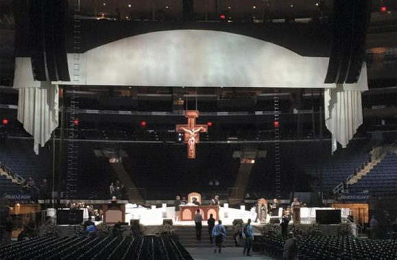 From Piano Man To Pope: Billy Joel Show Designer At Madison Square Garden, Steve Cohen, To Light Papal Mass, Too – NBC New York