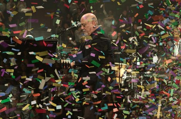 Photos: Billy Joel Celebrates New Year's Eve On Stage At BB&T Center