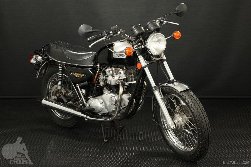 Triumph T140 1979 (Front)
