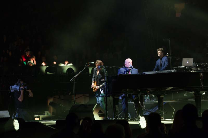 Billy Joel At Madison Square Garden – October 2, 2014 (Photo 2)