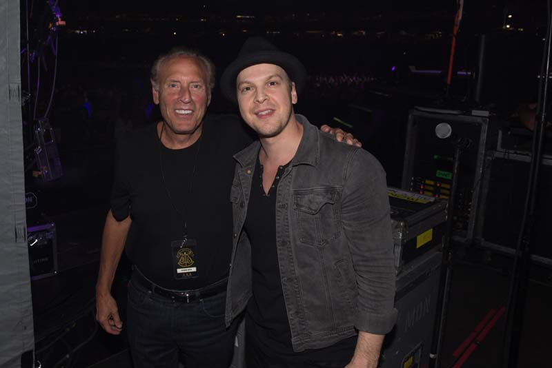 Dennis Arfa and Gavin DeGraw at Citizens Bank Park, August 13, 2015