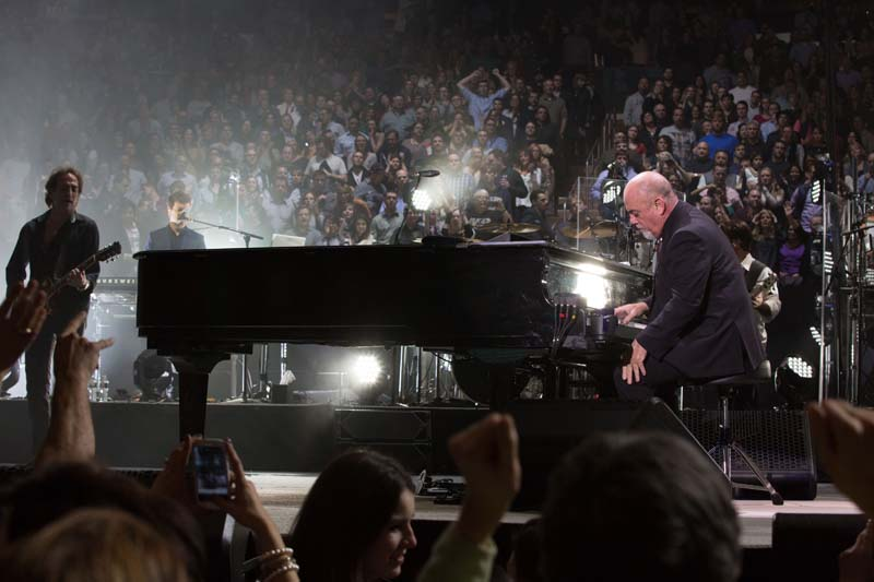 Billy Joel At Madison Square Garden – November 25, 2014 (Photo 47)