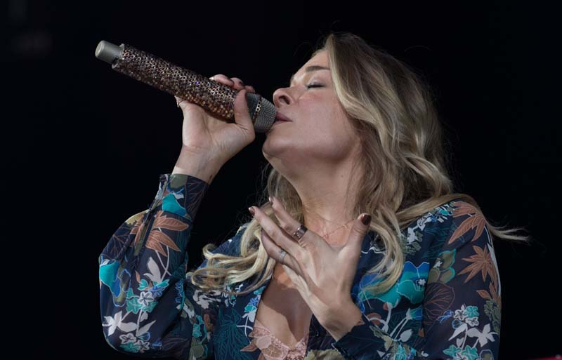 LeAnn Rimes performs  at M&T Bank Stadium, Baltimore 072515