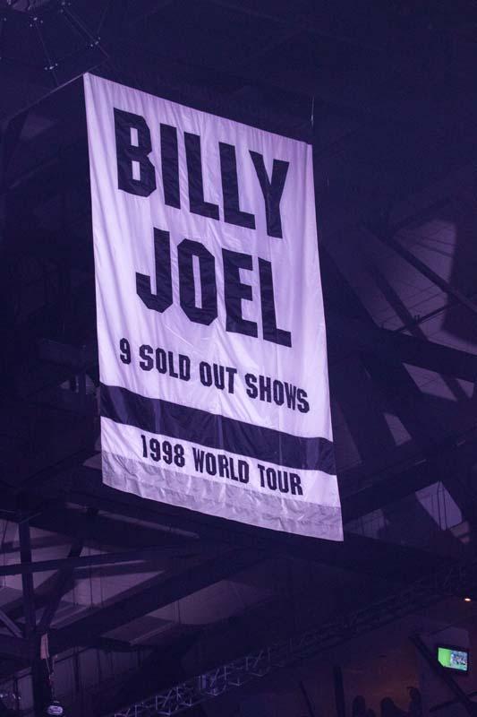 1998 World Tour Banner At nassau Coliseum 080425