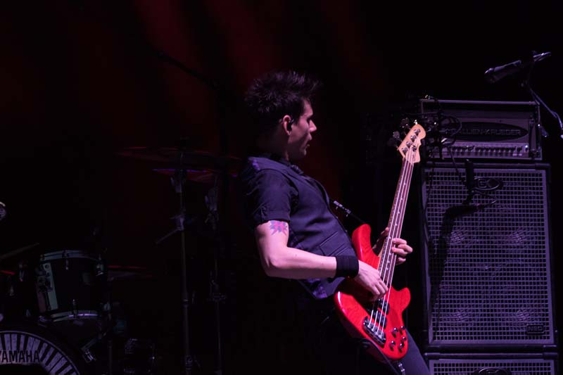 James Cruz on bass with Gavin DeGraw at Citizens Bank Park, August 13, 2015