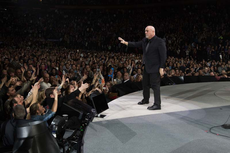 Billy Joel At Madison Square Garden New York, NY – December 18, 2014 (Photo 50)