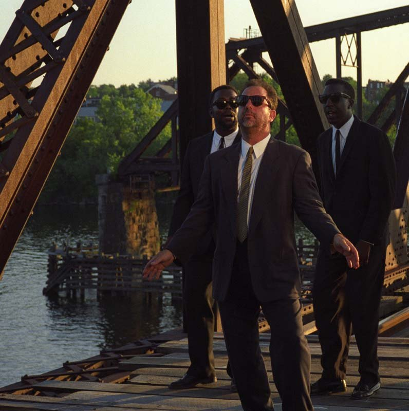 Billy Joel On The Bridge For 'The River Of Dreams' Music Video