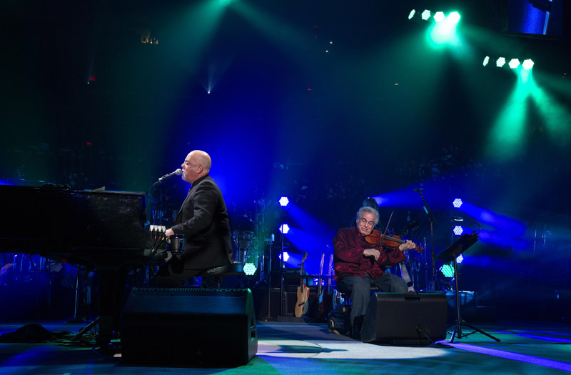 Billy joel joined by itzhak perlman at msg show march 15 - Billy joel madison square garden march 3 ...