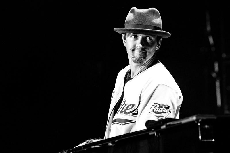 Billy Joel At Petco Park San Diego, CA – May 14, 2016 (Photo 74)
