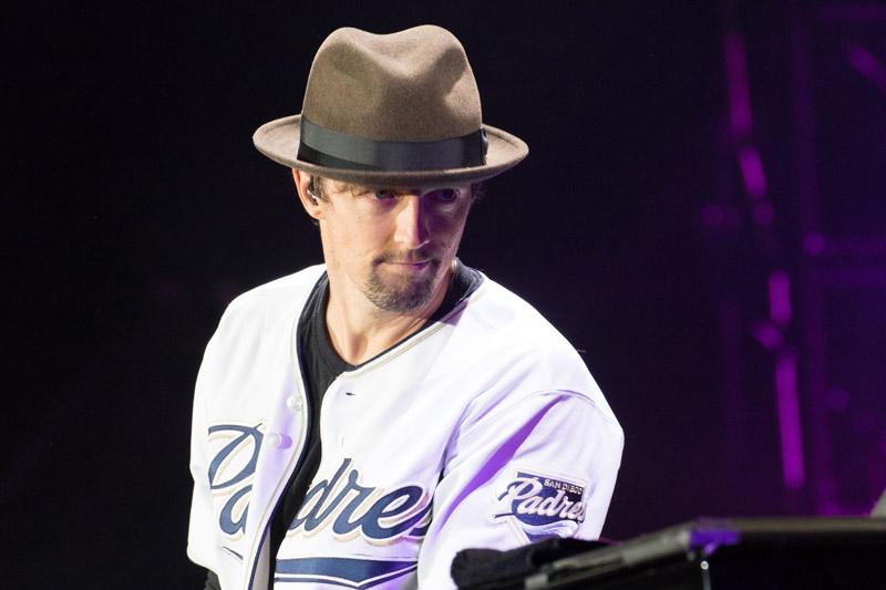 Billy Joel At Petco Park San Diego, CA – May 14, 2016 (Photo 75)