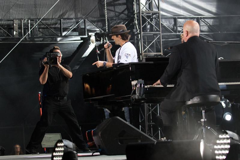 Billy Joel At Petco Park San Diego, CA – May 14, 2016 (Photo 77)