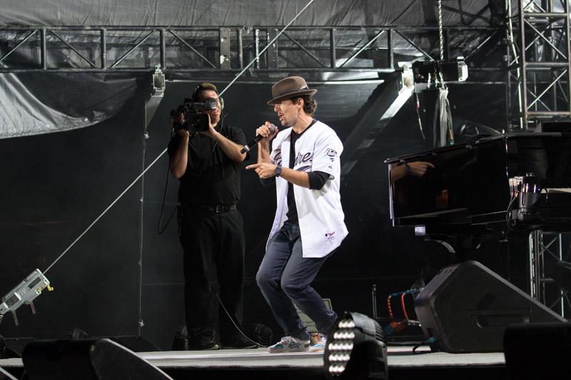 Billy Joel At Petco Park San Diego, CA – May 14, 2016 (Photo 78)