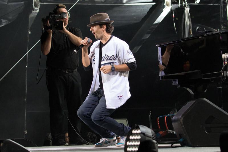 Billy Joel At Petco Park San Diego, CA – May 14, 2016 (Photo 79)