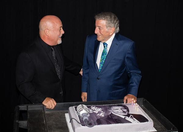 Billy Joel surprises Tony Bennett with birthday cake July 20, 2016