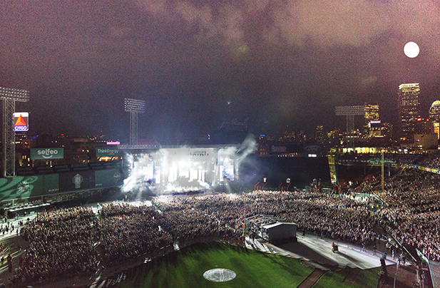 Billy Joel at Fenway Park in Boston, MA, on August 18, 2016