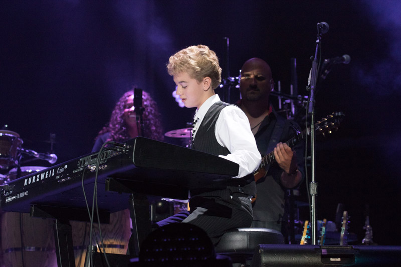 Billy Joel At Fenway Park Boston, MA – August 18, 2016 (Photo 53)