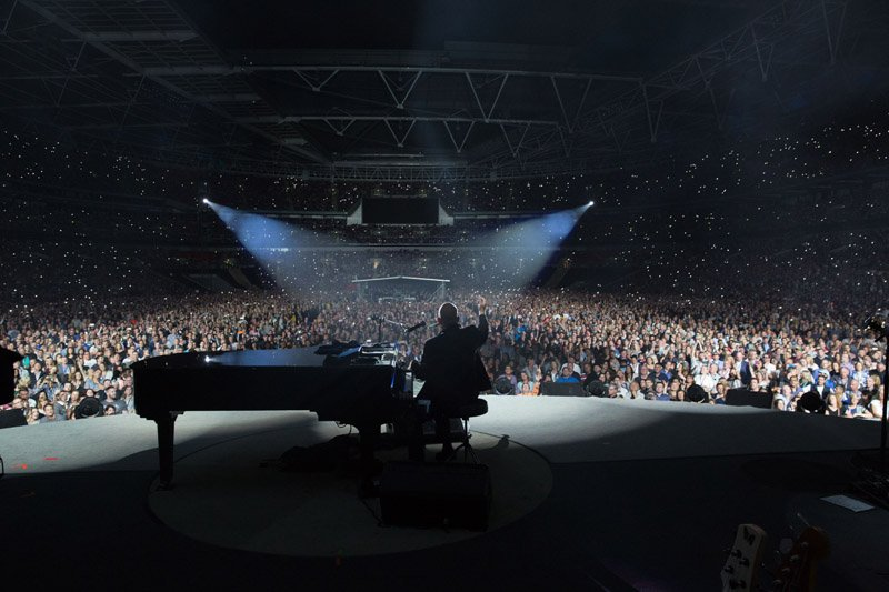Billy Joel At Wembley Stadium London, England – September 10, 2016 (Photo 100)