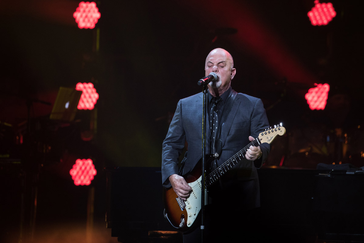 Billy joel at madison square garden new york ny march 3 2017 photo 3 billy joel official for Billy joel madison square garden march 3