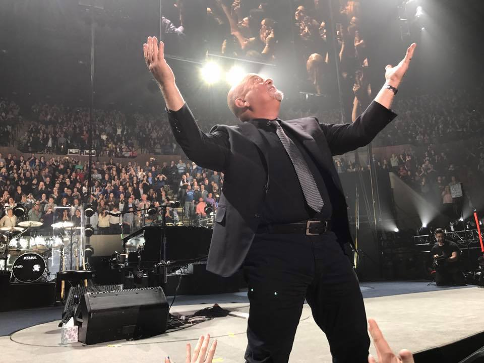 Billy Joel owns the Coliseum!