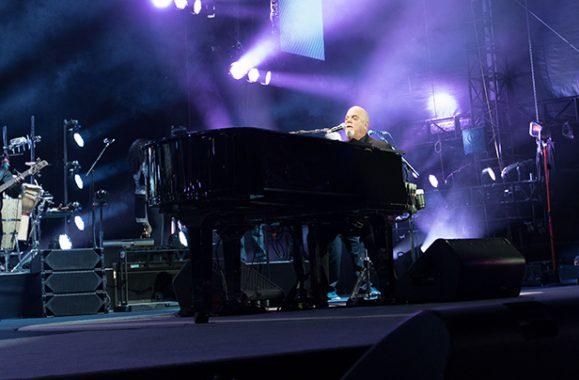 Billy Joel Rocks At Lambeau Field In Green Bay – Concert Recap