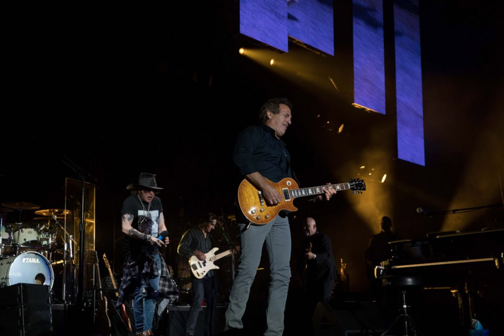 Billy Joel in Concert, Target Field, Minneapolis, MN, July 28, 2017 (Photo 54)
